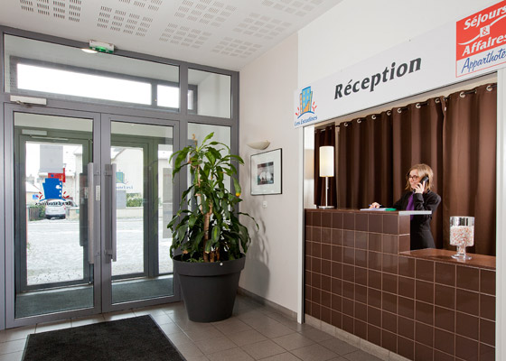 residence-hoteliere-reception